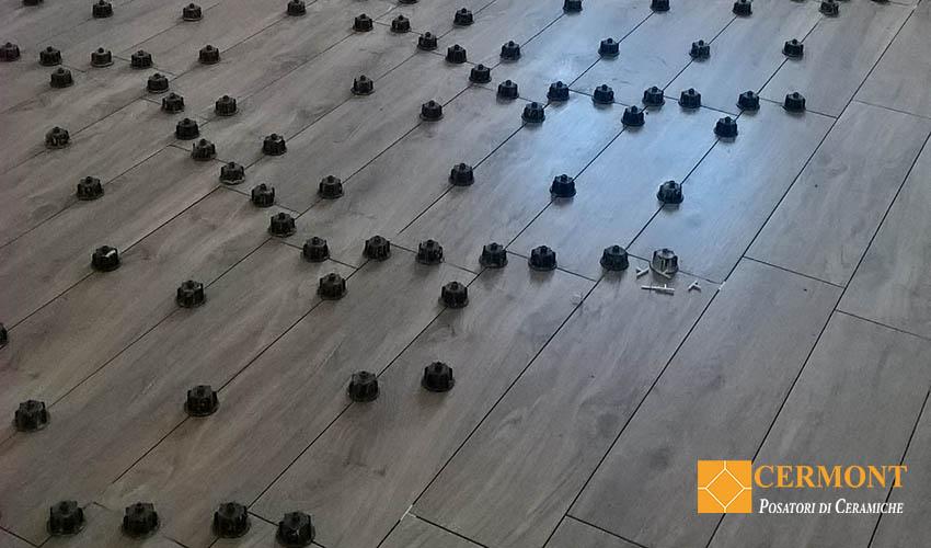 posa-pavimento-in-gres-effetto-legno.jpg